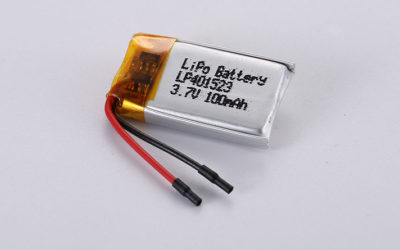 Small LiPo Battery LP401523 3.7V 100mAh 0.37Wh with protection circuit and wires 20mm