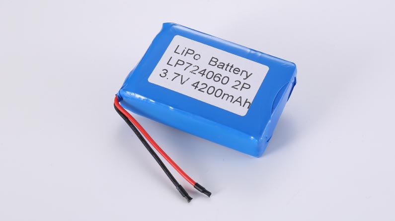 LiPo Battery LP724060 2P 3.7V 4200mAh 15.54Wh with protection circuit and wires 50mm